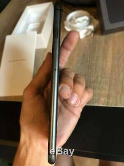 Apple Iphone 8 More 64gb Space Gray Does Not Light But Very Good Condition