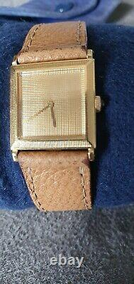 Beautiful Boucheron Watch In 0r Yellow Carrée Vintage Very Good Condition