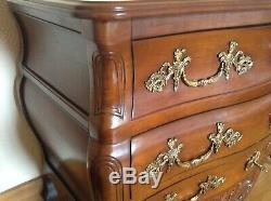 Bordeaux Regency Style Louis XV Commode In Very Good Condition