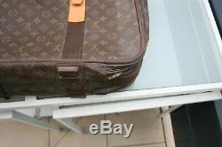 Duo Authentic Louis Vuitton Suitcase Satellite 70x50x17 In Very Very Good Condition