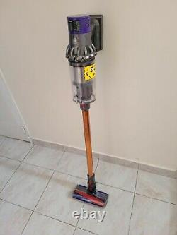 Dyson V10 Absolutes Very Good Condition