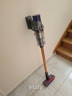 Dyson V10 Absolves Very Good Condition