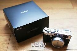Fujifilm X100f 24.3 Mp Silver Very Good Condition