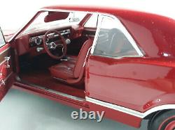 Highway 61 1/18 Superb Oldsmobile 4-4-21966 Very Good Condition In Box. D2