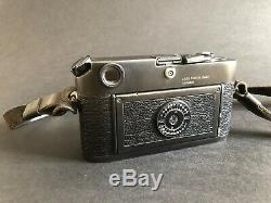Leica M6 0.72 Black No. 1991142 Very Good Condition