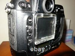 Nikon D2x Digital Camera Pro Very Good Etat (15600 Declanchements)