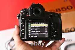 Nikon D850 Numeric 45.7mp Slr Dslr Camera-black / Very Good Etat 26400 Shoots