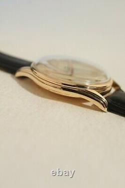 Omega Caliber 283, Second In The Center, Very Good Condition, 1952