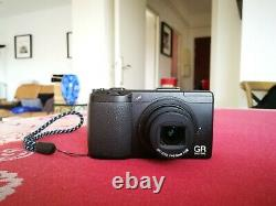 Ricoh Gr Digital III (very Good Condition Works Perfectly)
