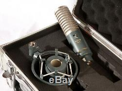 Se Electronics Ribbon R-1 Ribbon Microphone In Very Good Condition