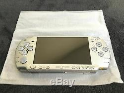 Silver Psp 2004 Console Pal Very Good