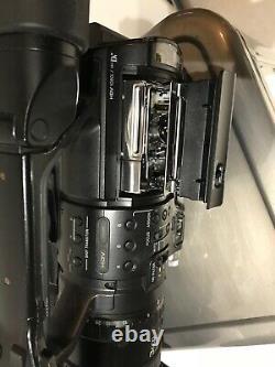 Sony Hvr-z1u Hdv 1080i Mini DV Pro Video Camera Very Good Condition