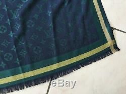 Stole Shawl Scarf Louis Vuitton Blue / Green / Yellow Very Good Condition