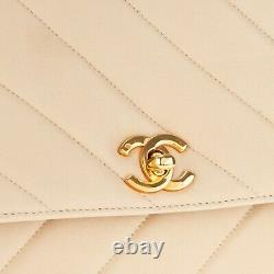 Vintage Chanel Handbag In Beige Quilted Lamb Leather In Very Good Condition