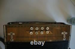 Ancien accordeon BRIVE francois dedenis tres bon etat 1930