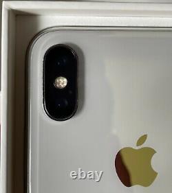 Apple iPhone X 64 Go, Très bon état Gris silver (Désimlocké) Batterie 91% +KDO