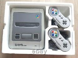 Console Nintendo Super Famicom SFC SHVC-001 en boîte Complet Très Bon Etat