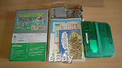 Console Pokemon Green Nintendo 2DS Limited Edition Pack tres bon etat