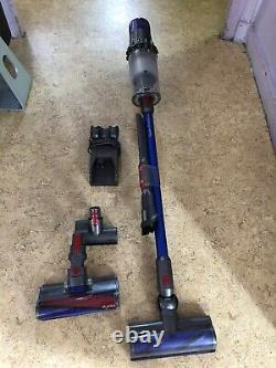 Dyson V11 Absolute aspirateur balai très bon état