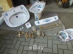 Ensemble de salle de bains Porcelaine de Paris décor lamballe très bon état
