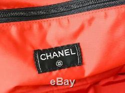 Exceptionnel Sac De Voyage Noir Chanel Authentique Très Bon État