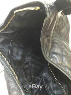 Grand sac grand cabas BURBERRY tout cuir noir matelassé tres bon etat 1125