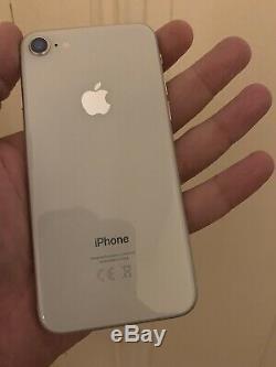 Iphone 8 64go Blanc Très Bon État