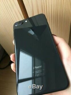 Iphone 8 Plus 64Go Noir en très bonne état, débloqué