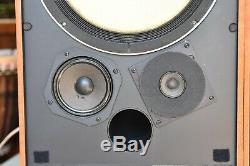 JBL MODEL 4311B CONTROL MONITOR, très bon état d'origine, son puissant et précis