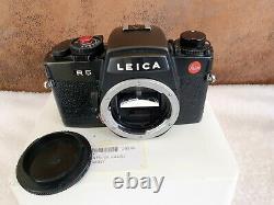 Leica r5 body en très bon/ excellent état + motor winder + poignée. Super deal