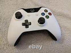 Microsoft Xbox One 500 Go Très bon état complète avec boite