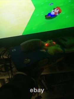 N64 Nintendo 64 pikachu en boite En tres Bon État peu servie Complètes