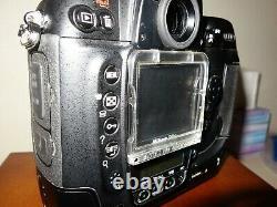 NIKON D2X appareil photo numerique pro TRES BON ETAT (15600 Declanchements)