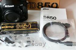 NIKON D850 NUMERIQUE 45.7MP SLR DSLR Caméra-Noir / TRES BON ETAT 26400 SHOOTS
