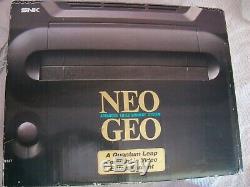 Neo geo aes en boite complette tres bon etat