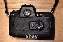 Nikon F100 Appareil Photo Reflex Noir (Boîtier) Très bon état