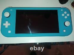 Nintendo Switch Lite turquoise très bon état