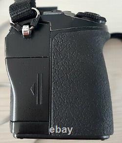 Olympus OM-D E-M1 Mk I 16 MPix (boitier), 6663 clics, 3 batteries, très bon état