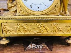 Pendule Empire En Bronze Tres Bonne Etat Vers 1805