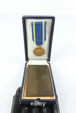 Plaque Bronze et Médaille La Compagnie des Wagons Lits 1876 1926 Très Bon Etat