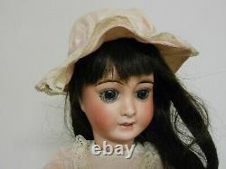 Poupée Limoges Favorite E. D. TASSON, tête en biscuit, très bon état 35 cm