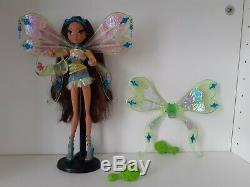 Poupée Winx Layla Enchantix complète en très bonne état
