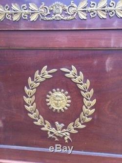 Splendide lit empire très bon état richement orné de bronze pour sommier 140190