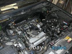 Vend citroen xm 2.0I verte1990 pour répare roule pas. Très bon état, sous abri