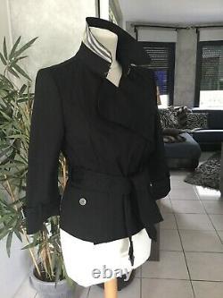 Veste BURBERRY taille 40 noire tres bon etat quasi neuve